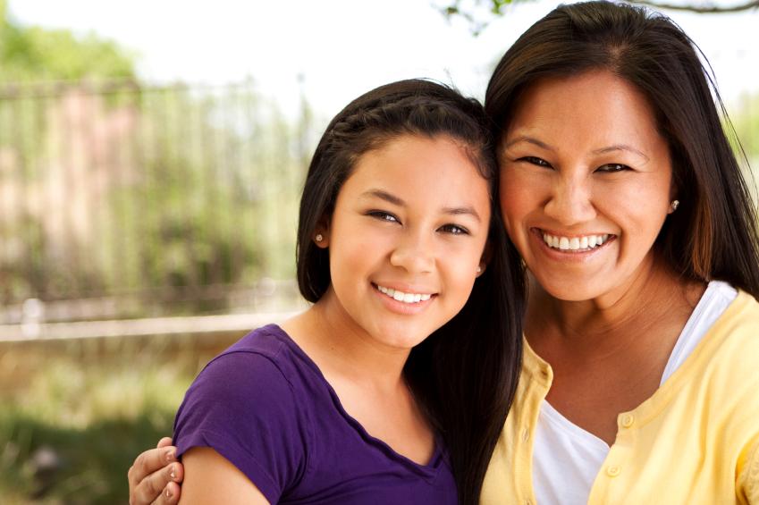 iStock_000013051025Small_Asian-Mom-Daughter