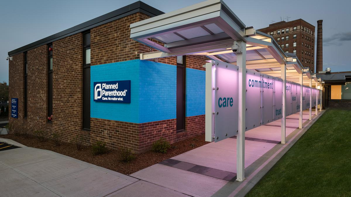 planned parenthood in new london ct